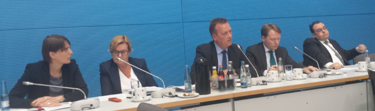 2016-06-28_SPD-Fraktion-PK-BND-Gesetz-730x216